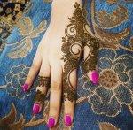 نقش حناء حلو وناعم جديد للعروسة 2015