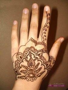 Decorate Bridal With Arabic Mehndi Designs2 225x300 أكبر مجموعة صور نقش حناء عربي و هندي و باكستاني حديث و متنوع 2016