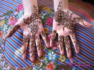 Eid Mehndi Designs For Girls And Women 3 300x224 أكبر مجموعة صور نقش حناء عربي و هندي و باكستاني حديث و متنوع 2016