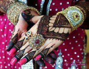 HD wallpapers henna design Bridal Mehndi15 300x235 أكبر مجموعة صور نقش حناء عربي و هندي و باكستاني حديث و متنوع 2016