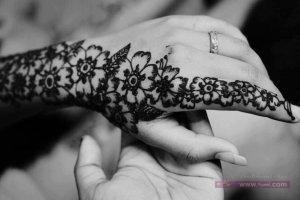 60b3979df3ced4b9b7cfab1e1a9f885b 300x200 نقوش حناء هندية للجسم العروس 2015 اجمل نقوش حناء جديدة 2016