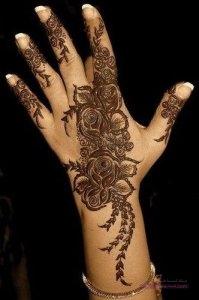 Khaleeji Henna Mehndi Designs 199x300 نقوش حناء هندية للجسم العروس 2015 اجمل نقوش حناء جديدة 2016