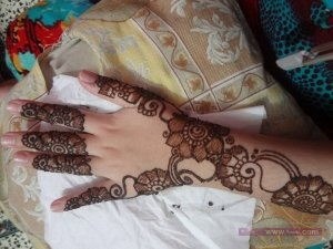 Latest-Mehndi-Designs-2014-For-Young-Bridals-5 (1)