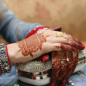New-Mehndi-Design-Eid-Days-for-Young-Girls-2015-5