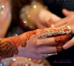 New-Mehndi-Designs-Eid-Day-2015-for-Girls-5