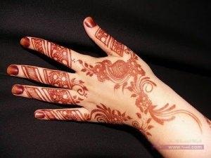 Omani Henna Designs 4 300x225 نقوش حناء هندية للجسم العروس 2015 اجمل نقوش حناء جديدة 2016