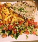 الكفتة بالفرن مع الطحينة البيضاء وشرائح البطاطا