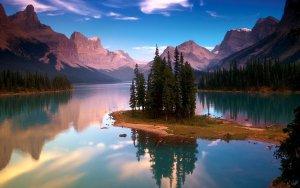 مناظر طبيعية قمة في الروعة والخيال