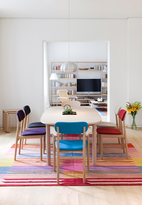 colorful creative colorful pattern rug thonet dining room طاولات طعام تحفه بجد