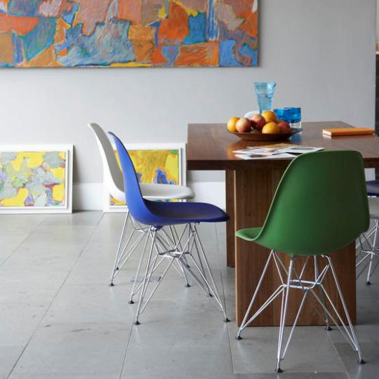 colorful dining room ideas with multicolored chairs2 طاولات طعام تحفه بجد