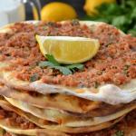اكلات وحلويات رمضان 2019لحم بعجين على الطريقة التركية
