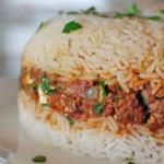 قالب الأرز باللحم المفروم بالصورقالب الأرز باللحم المفروم بالصور