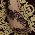 صور رسومات حناء اماراتية 2015 , صور نقوش حناء ناعمة لبنات الامارات 2014