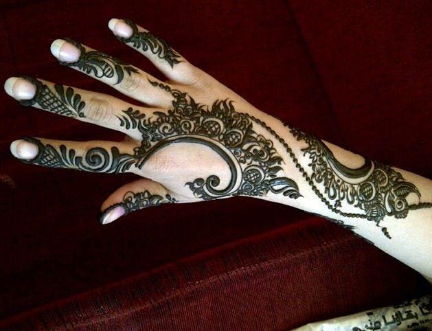 6c1b845cf3a672575697dccbca8692d2 نقش حناء خليجي بحريني انيق جدا للعروس وللعيد نقوش حناء بسيطة 2014