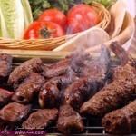 طريقة عمل الكباب مع سلطة إيزمي التركية مقدمه لكم من مطبخ الهوانم بالهنا و الشفا