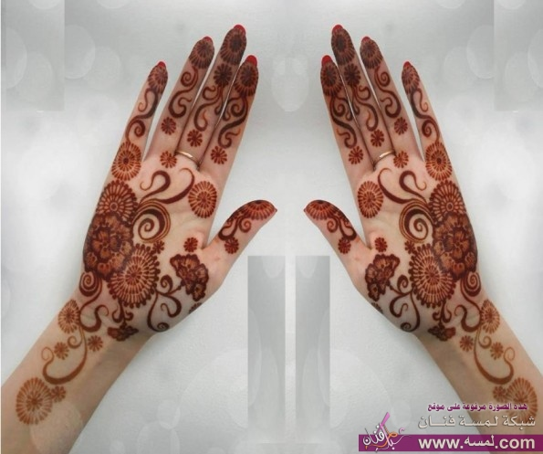 Arabic-Mehndi-Designs-for-Hands21-595x497