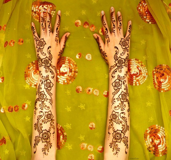Latest Mehndi Designs 2013 By Amelia 0024 نقوش حناء عرايس خليجية 2014   نقوش حناء ناعمه