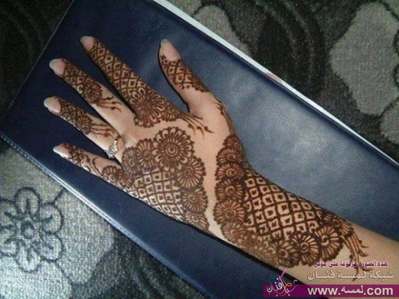 new-stylish-wedding-bridal-indian-mehndi-design-for-girls-hands-feet-best-parties-5